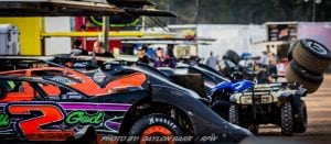 World Of Outlaws LM's Head To The House Of Hook