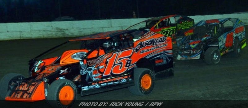 Mod Lite & Sportsman Set For First Big Show Of '17 At Mohawk