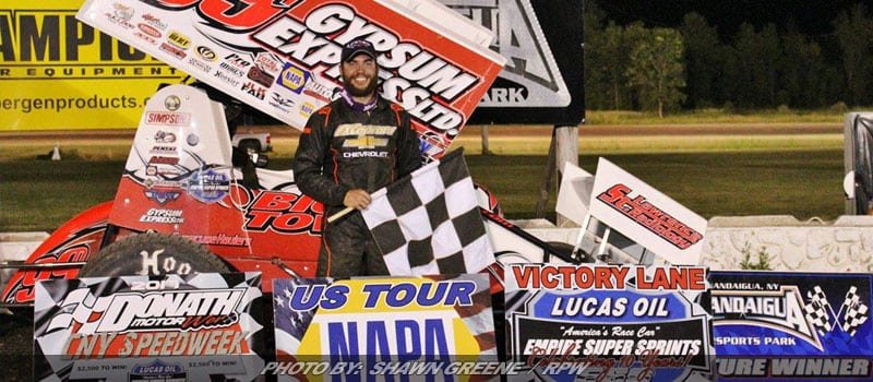 Lightnin' Strikes At Land Of Legends; Wight Wins ESS Sprint Week Event At Canandaigua