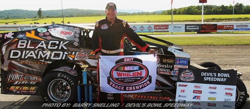 Quenneville Wins Final Devil's Bowl Speedway Asphalt Championship