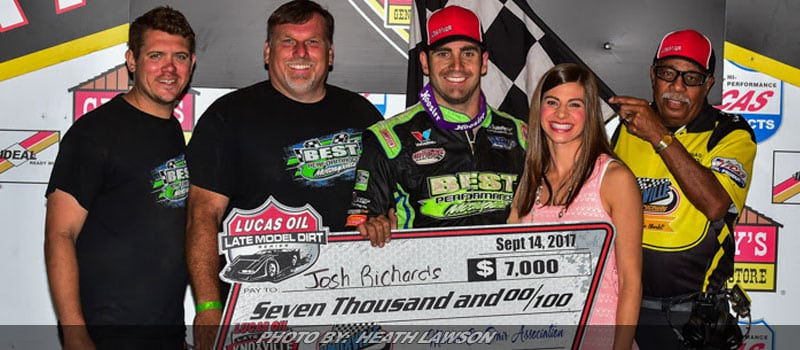 Richards Wins Opening Night Of Knoxville Late Model Nationals