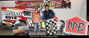 Jimmy Wells Captures The Modified Cargo For Second Win At Accord